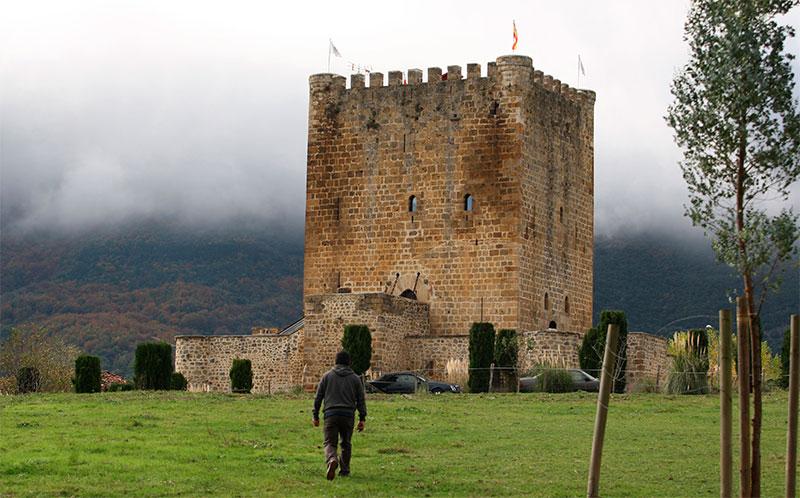 Castillo de los Velasco de Lezana de Mena